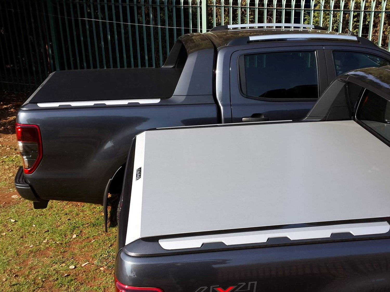 Rigidek Laderaumabdeckung - Ford Ranger 2012 Double Cab Wildtrak 241.jpg