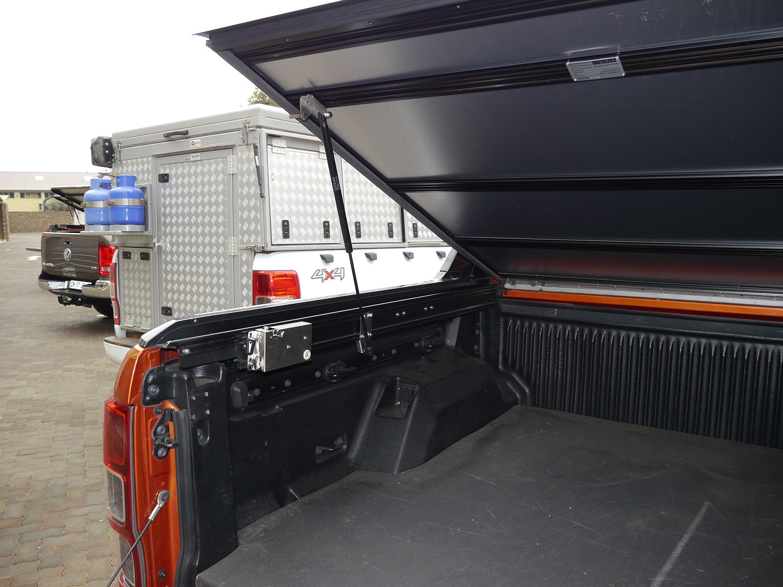 Rigidek Laderaumabdeckung - Ford Ranger T6 Wildtrak - Double Cab 1008.JPG