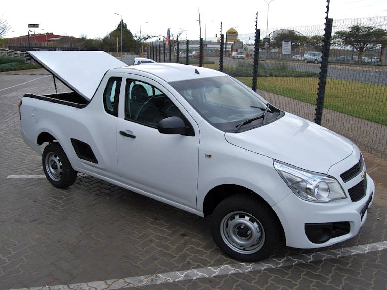 Rigidek Laderaumabdeckung - Chevrolet Utility 102.jpg