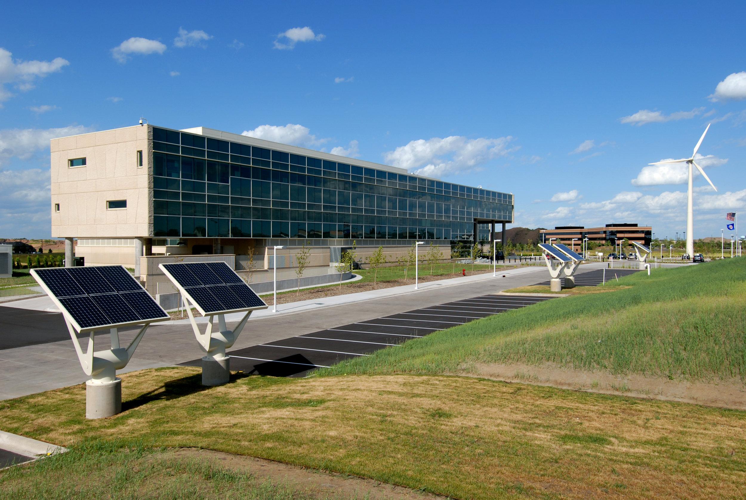 Great River Energy Turbine Solar.jpg