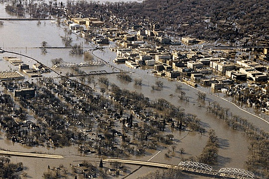 Grand Forks ND - Red River Flood of 1997