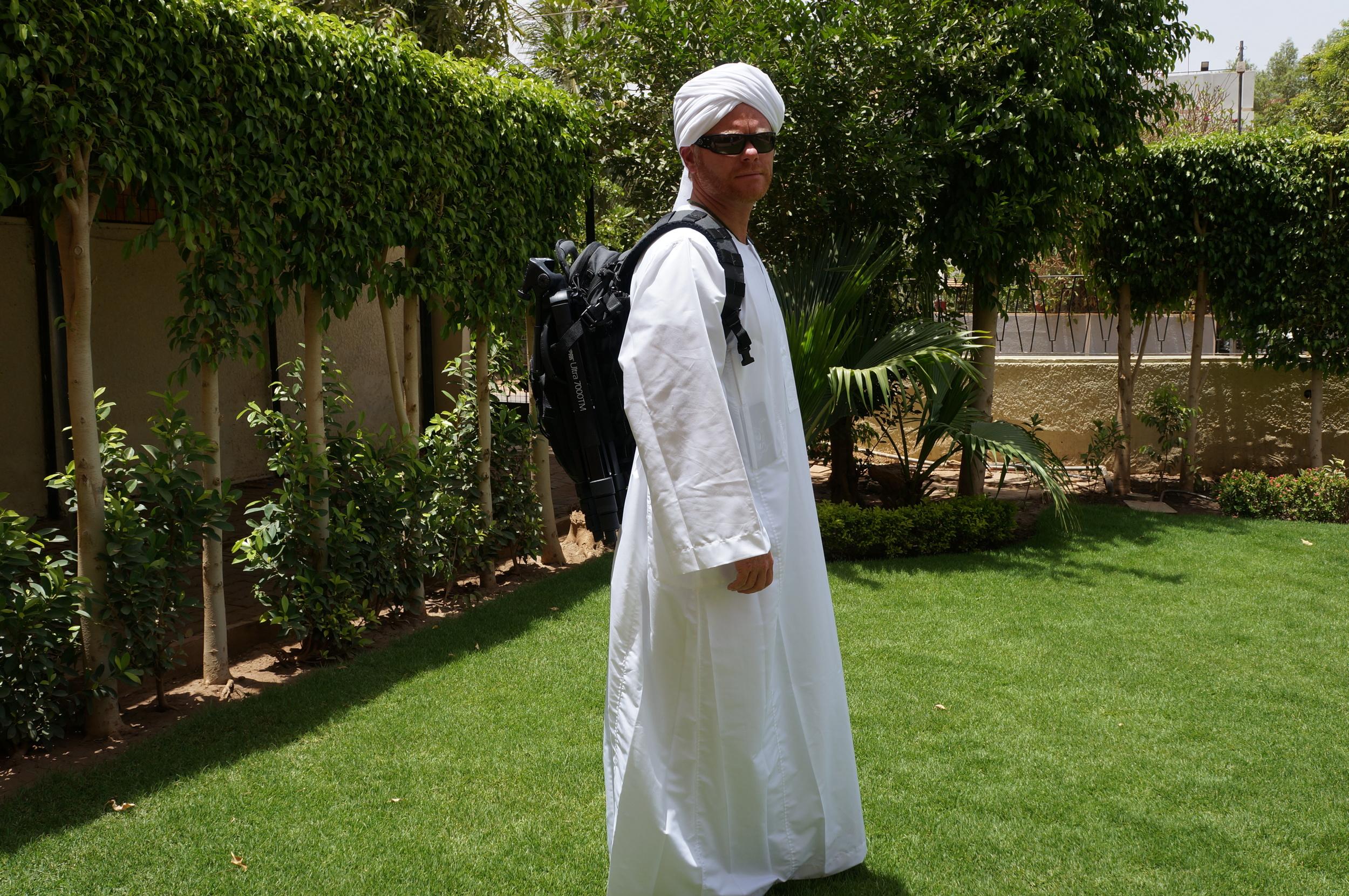 Gallery+++sudan+africa+eric+crosshairs+oakley+511+backpack+2014-04-18+03.25.53.jpg