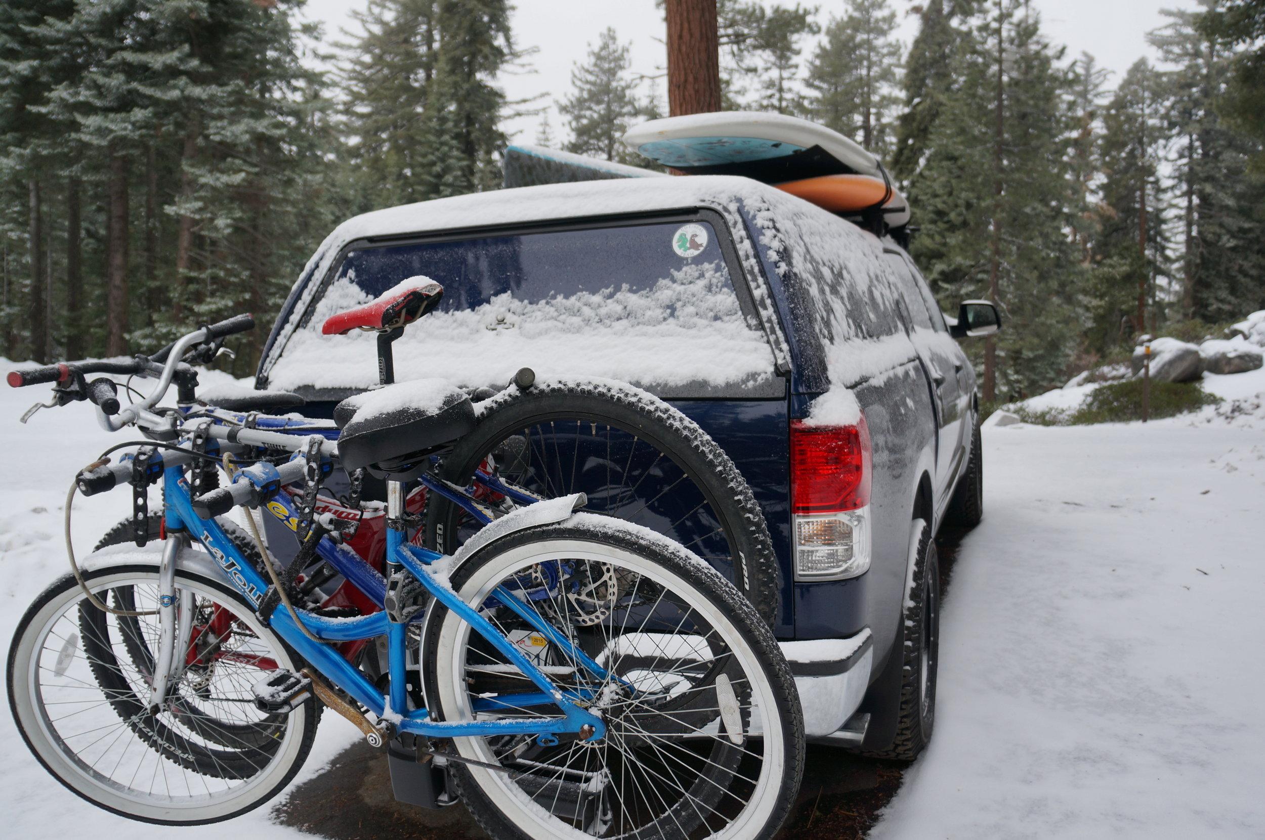 Truck paddleboardSequoias california outdoors snow2015-02-28 09.04.38 (1).jpg
