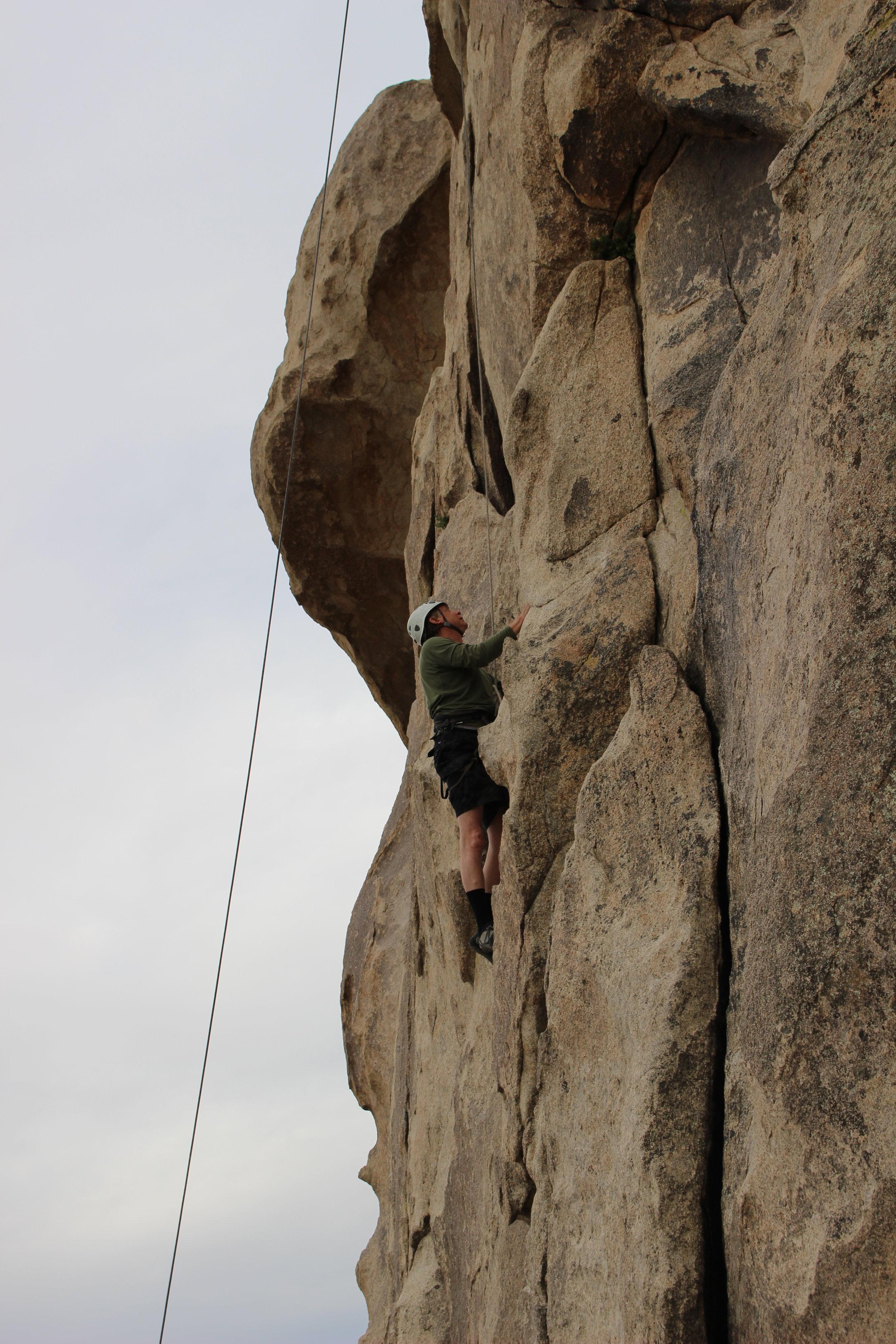 Pat climbing Joshua Tree STG 001 desert  (1).JPG