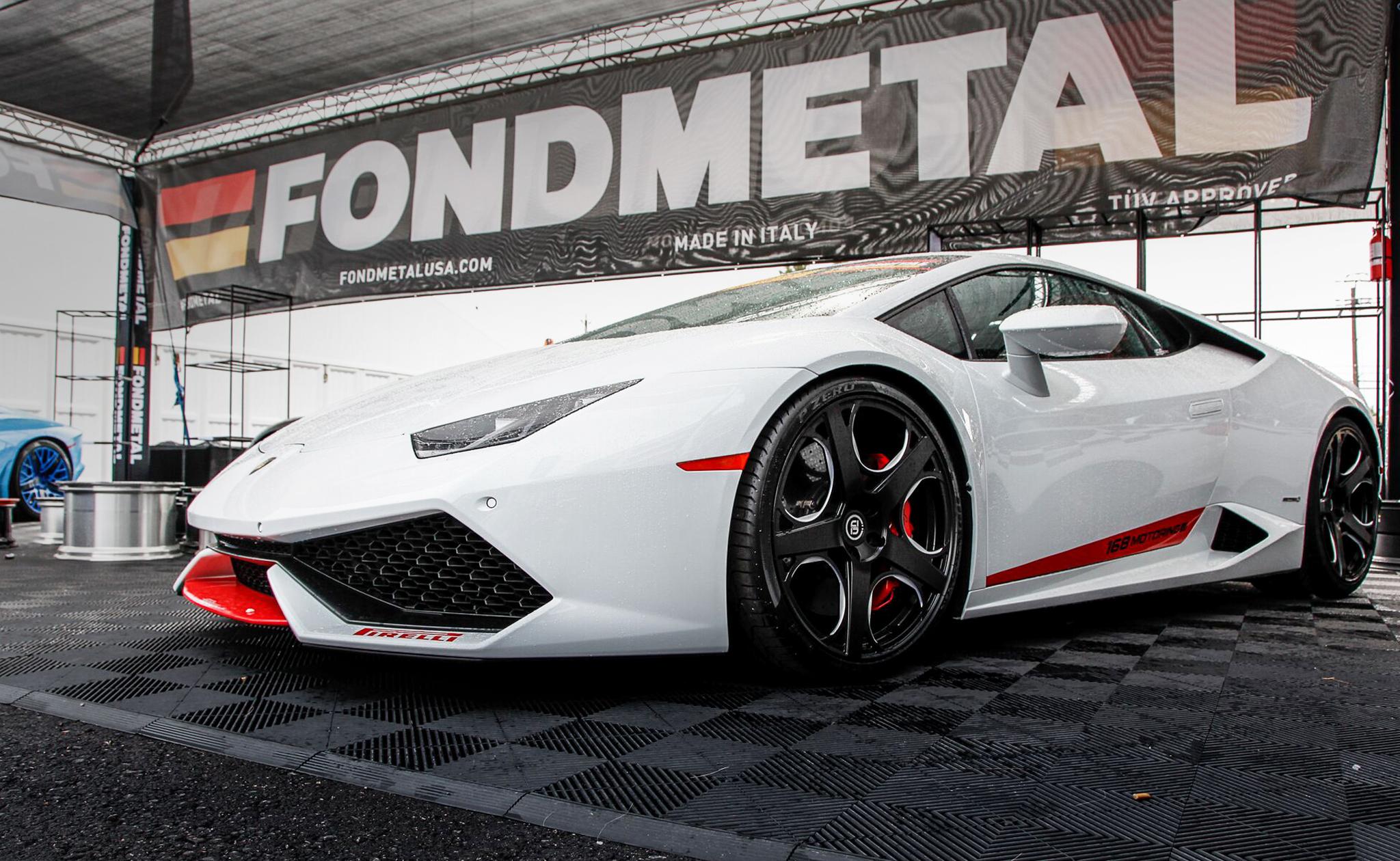 Lamborghini-Huracan-SEMA-2015-Fondmetal-Booth