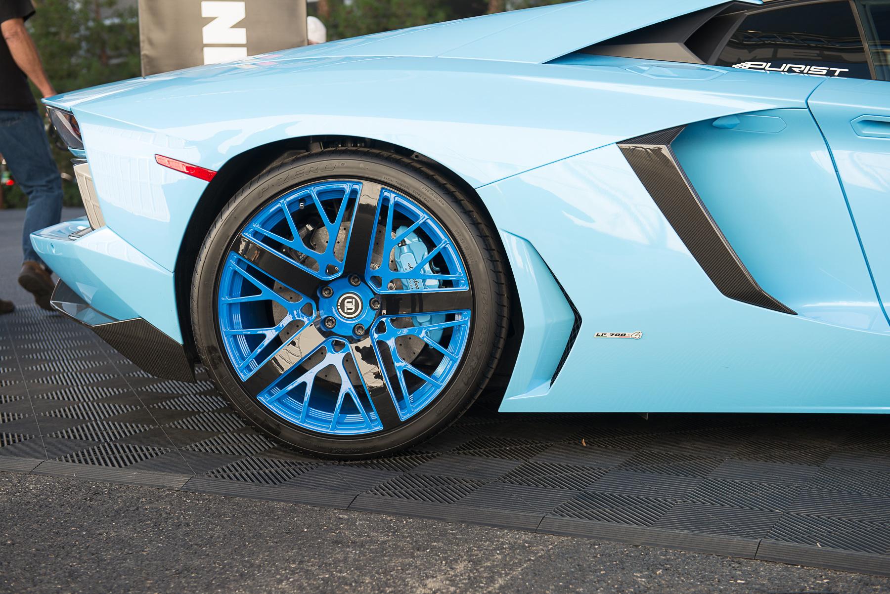 Lamborghini-Aventador-SEMA-2015-Fondmetal-Booth