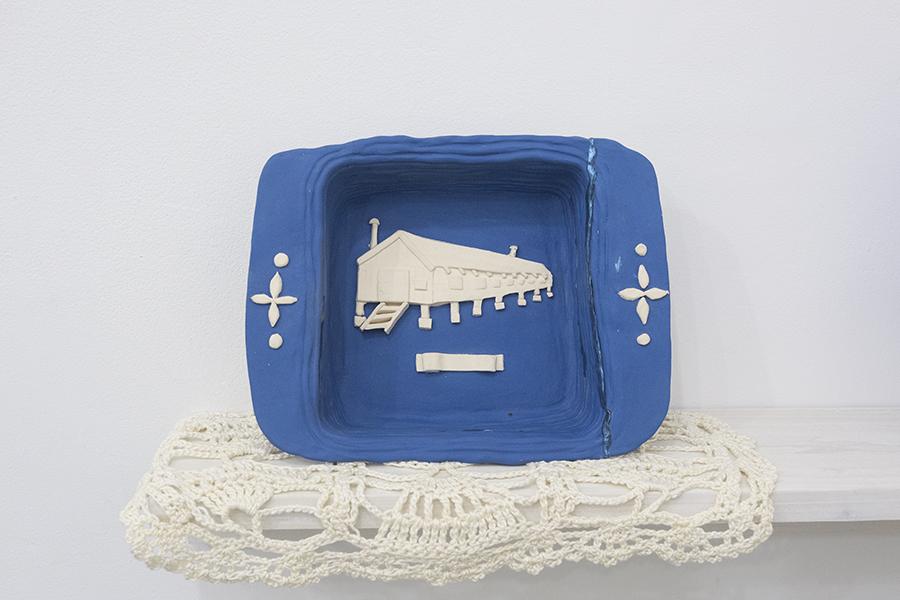 casserole dish / barracks (1942-1945) , 2018  Glazed stoneware, mercerized cotton thread, epoxy, nail polish