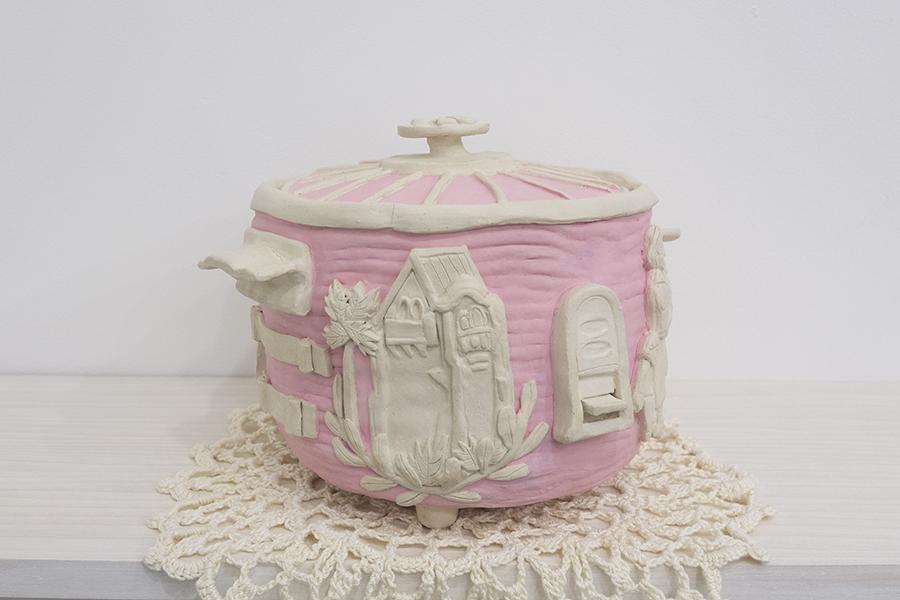 rice cooker / Mary Nakagawa (1928-1990),  2018  Glazed stoneware, mercerized cotton thread, epoxy, nail polish