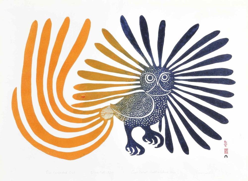 L'artiste canadienne Kenojuak Ashevak et Ses œuvres ont un rayonnement mondial, trouvant preneurs auprès de musées prestigieux et de collectionneurs privés reconnus. Regarder le   vidéo.