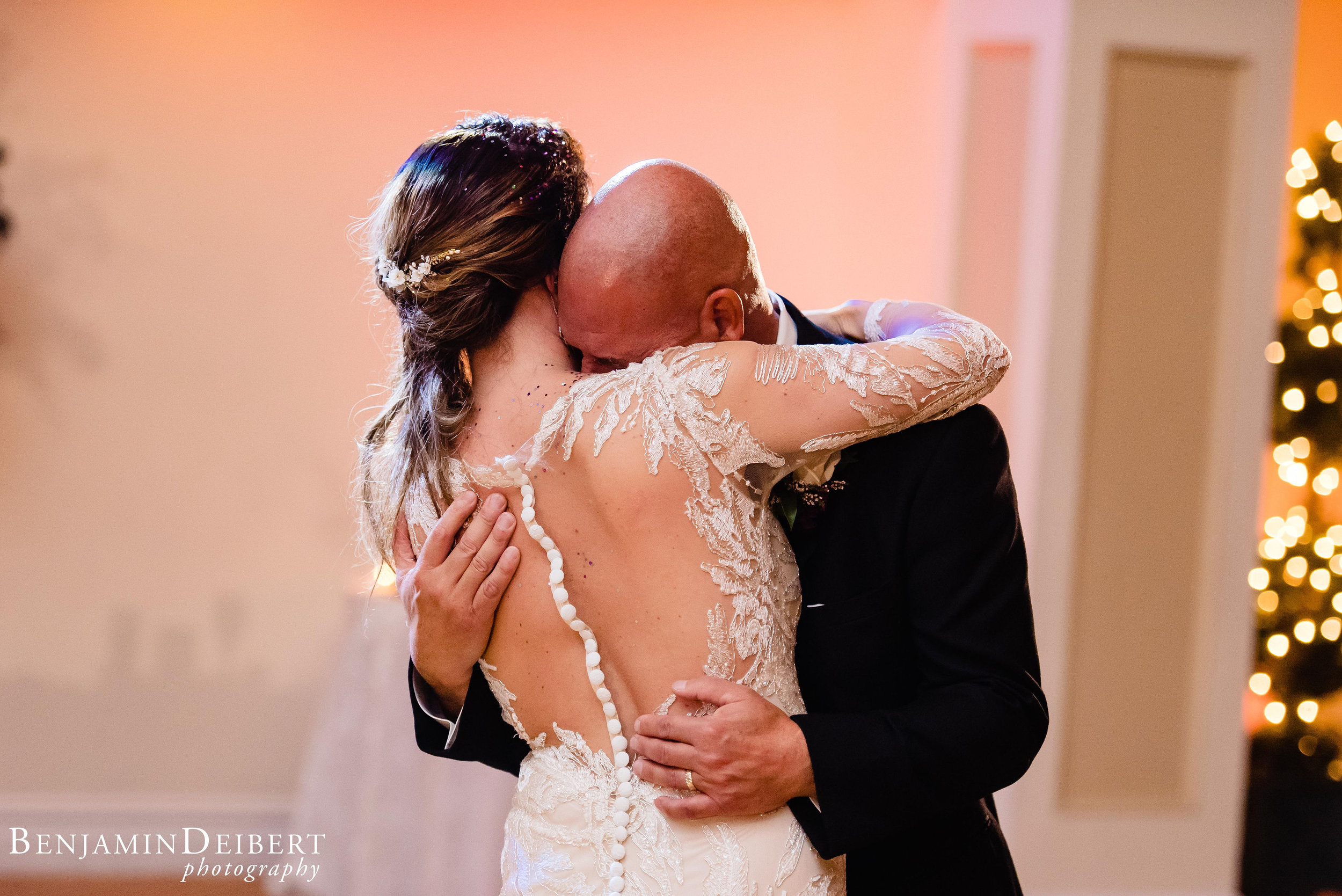 AmandaandElliott_TheCarriageHouse_Wedding-55.jpg