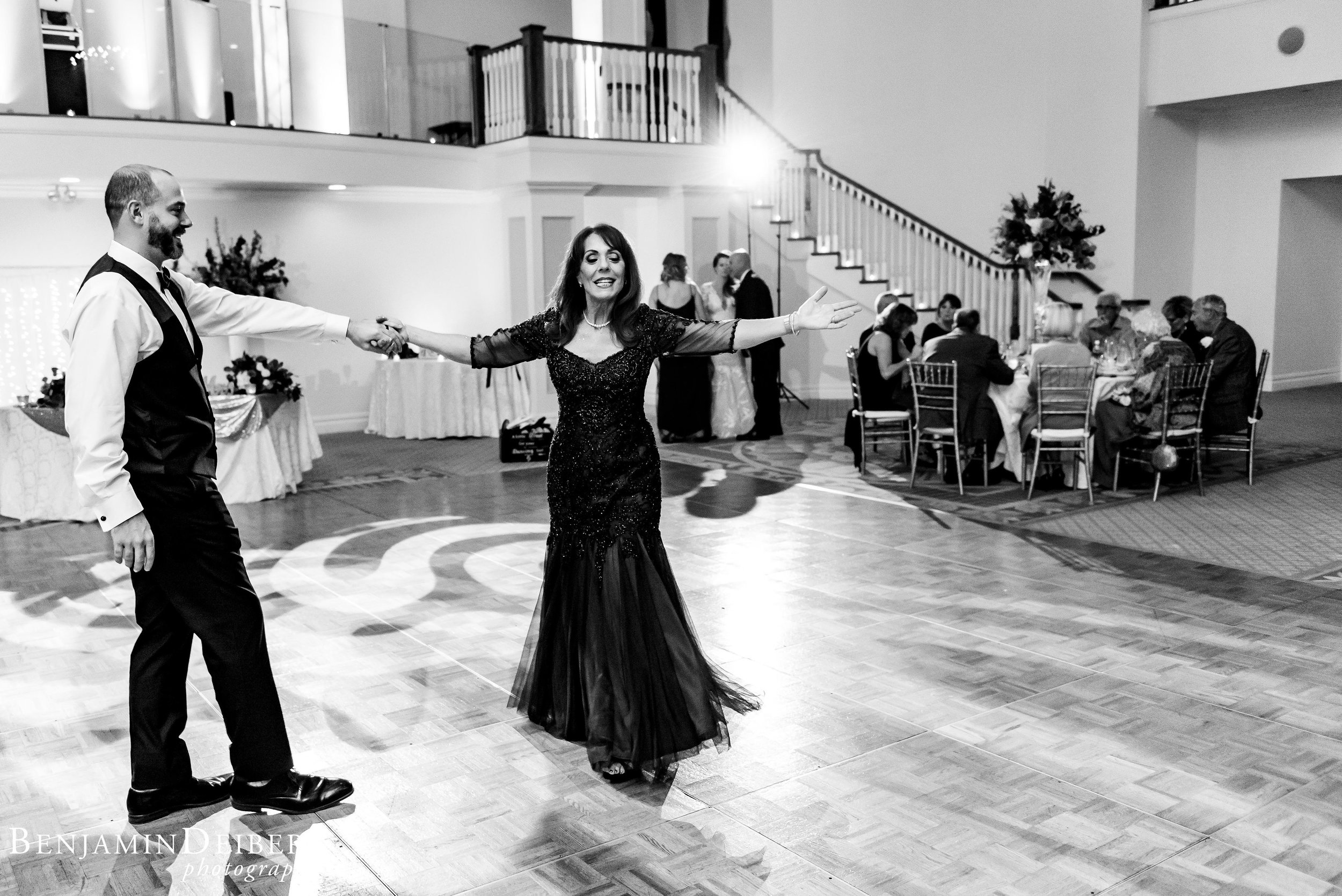 AmandaandElliott_TheCarriageHouse_Wedding-60.jpg