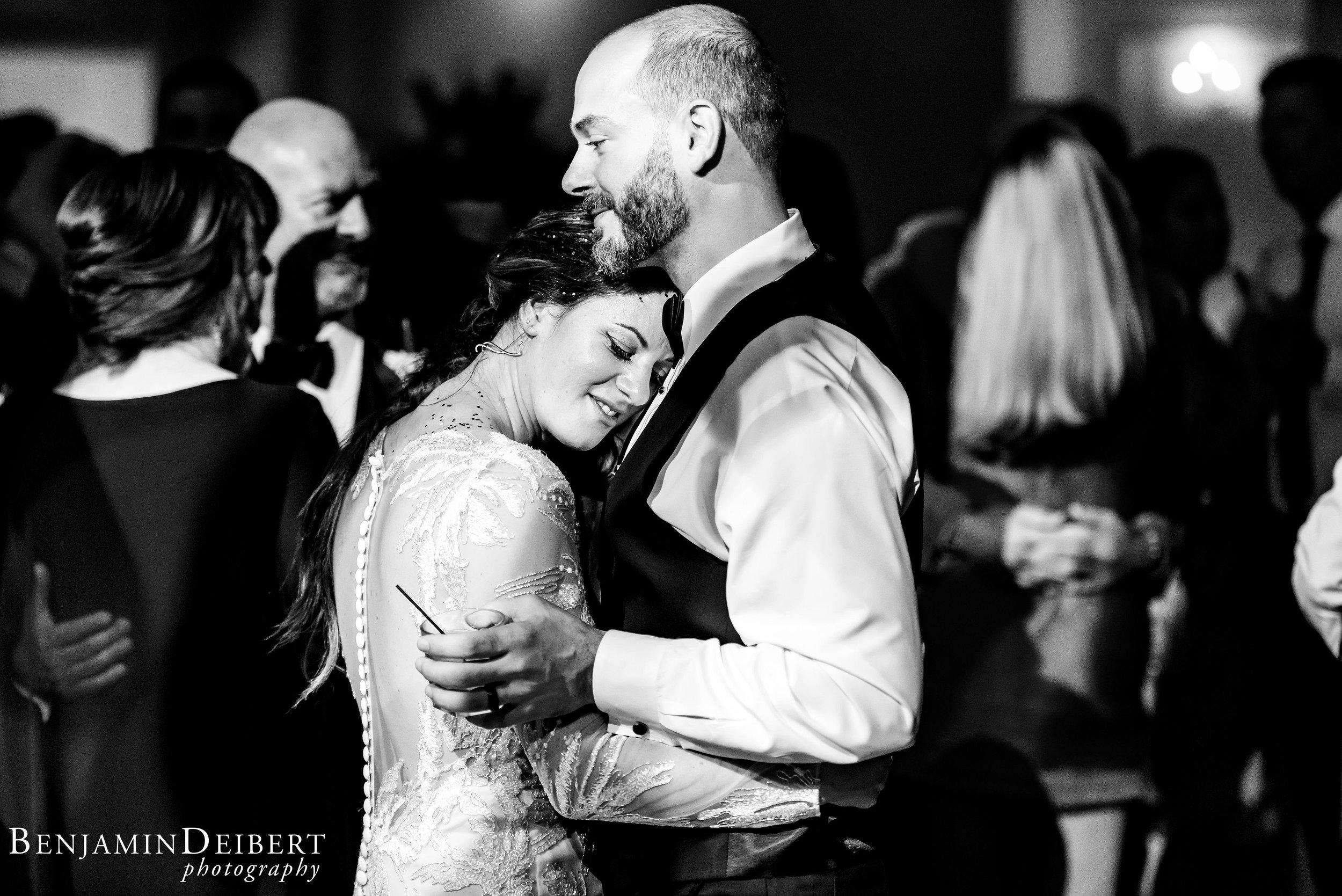 AmandaandElliott_TheCarriageHouse_Wedding-73.jpg