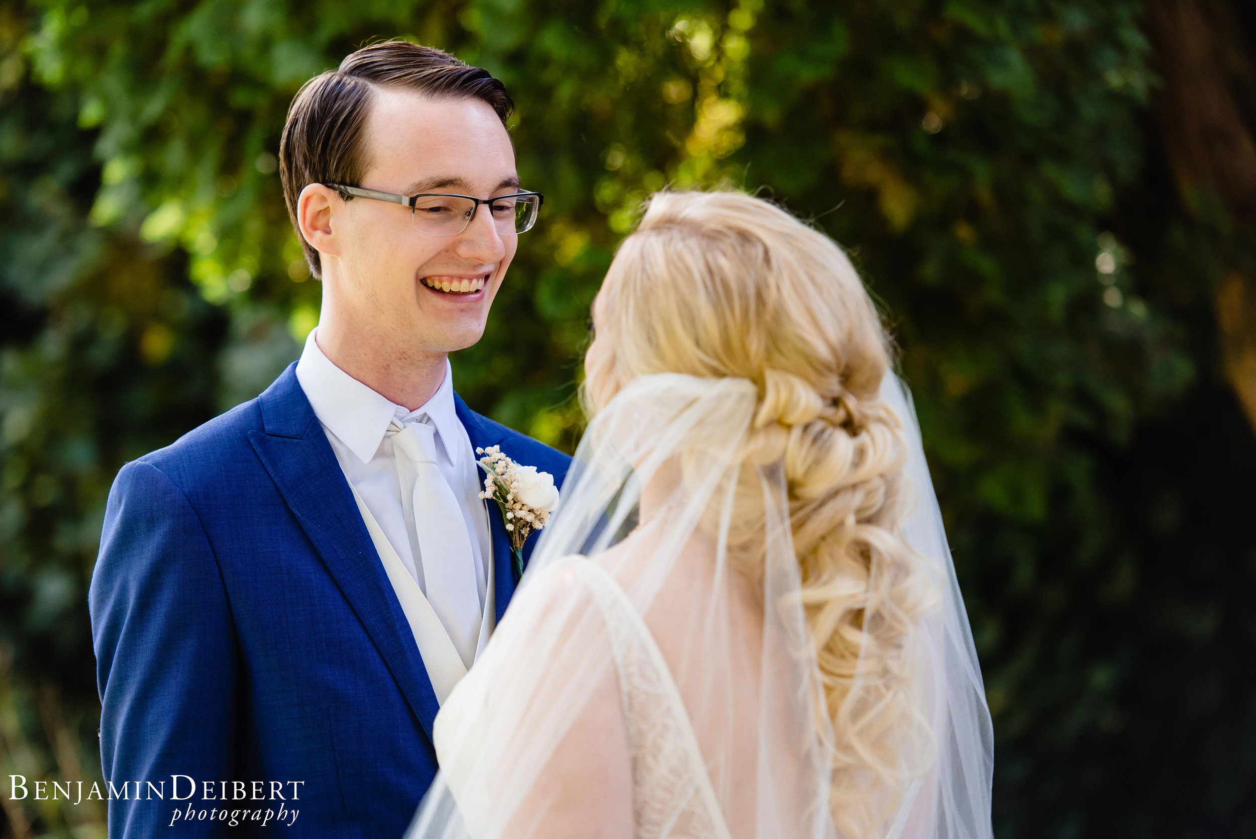 AshleyandDerrick_RadnorValleyCountryClub_Wedding-25.jpg