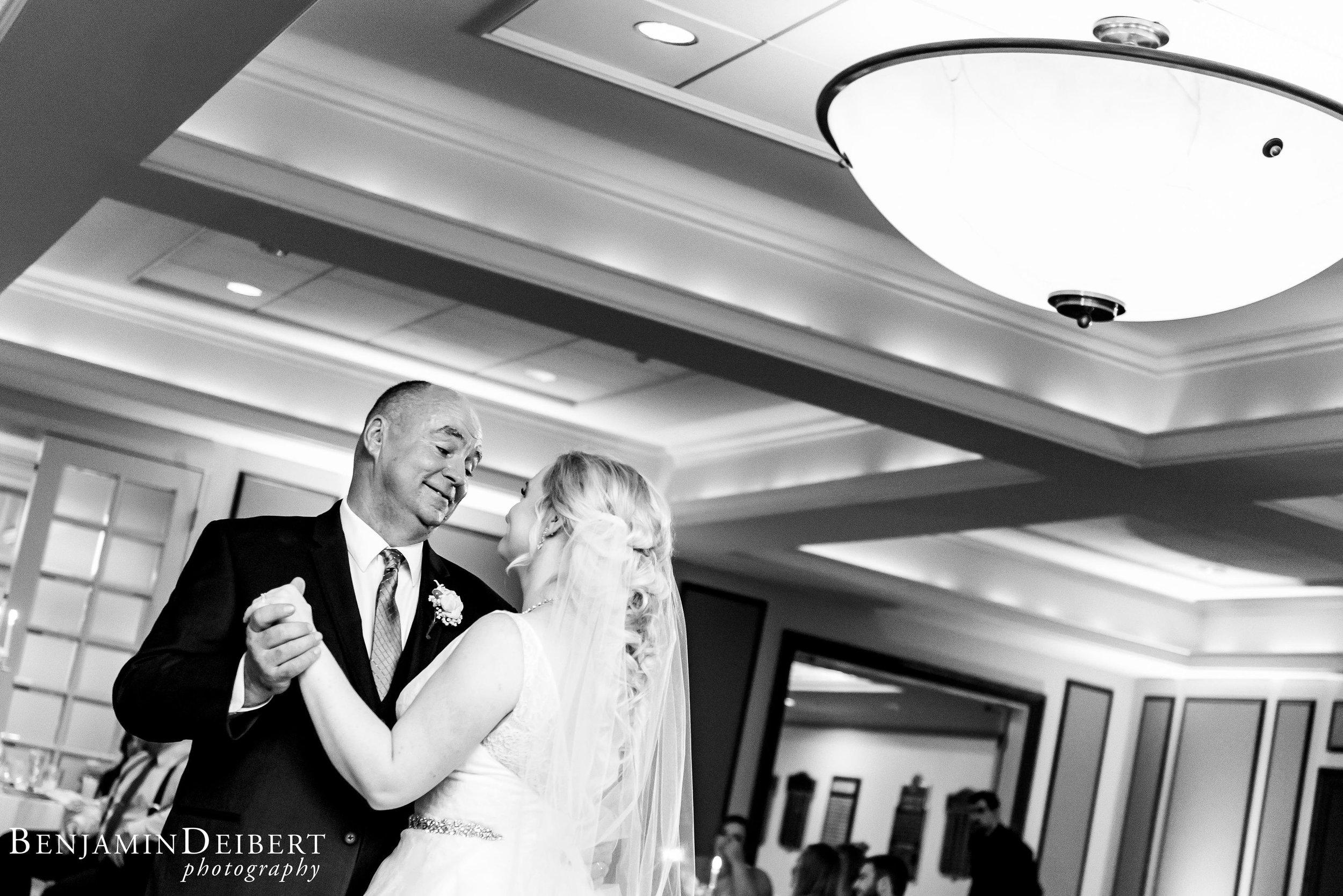 AshleyandDerrick_RadnorValleyCountryClub_Wedding-69.jpg