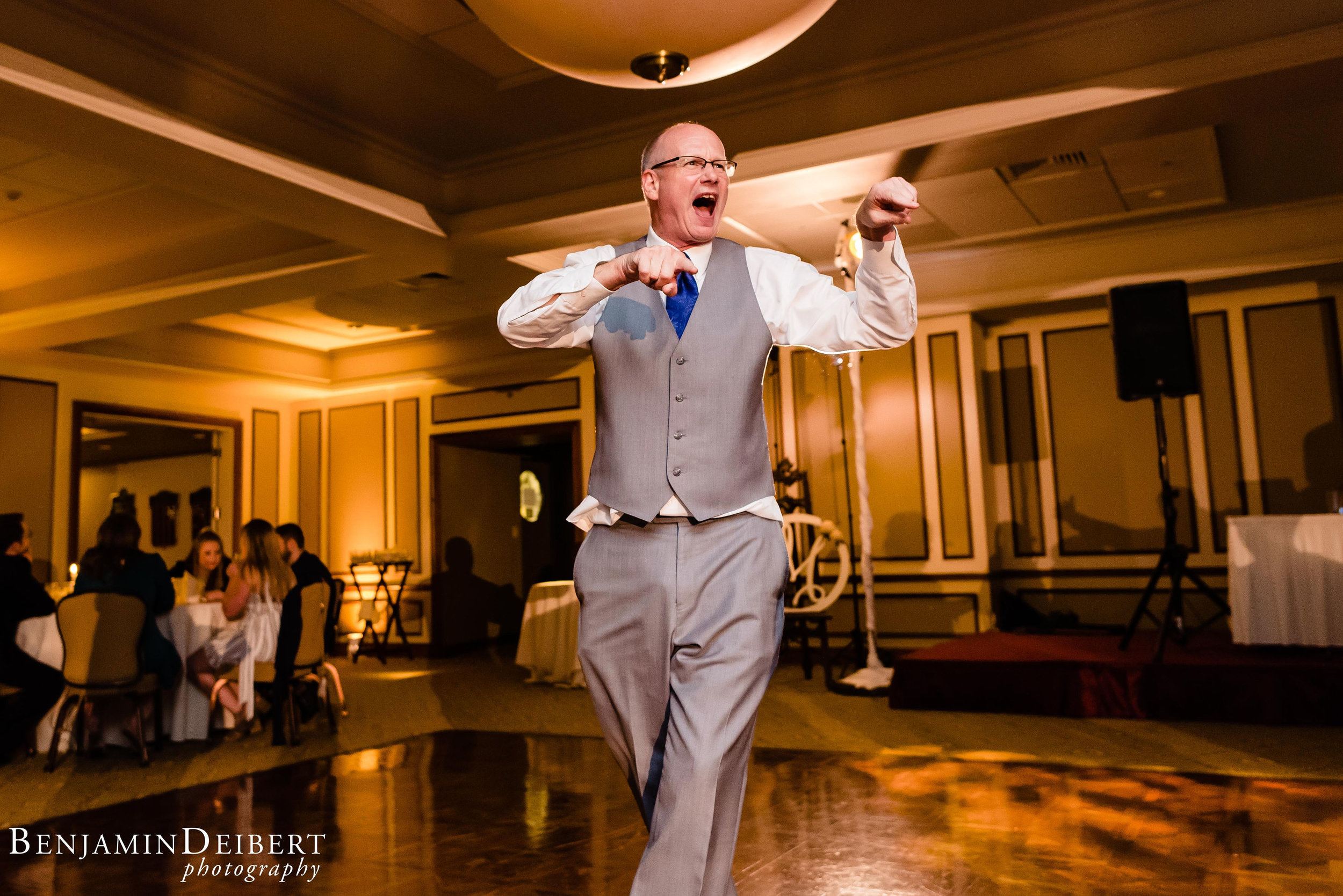 AshleyandDerrick_RadnorValleyCountryClub_Wedding-83.jpg