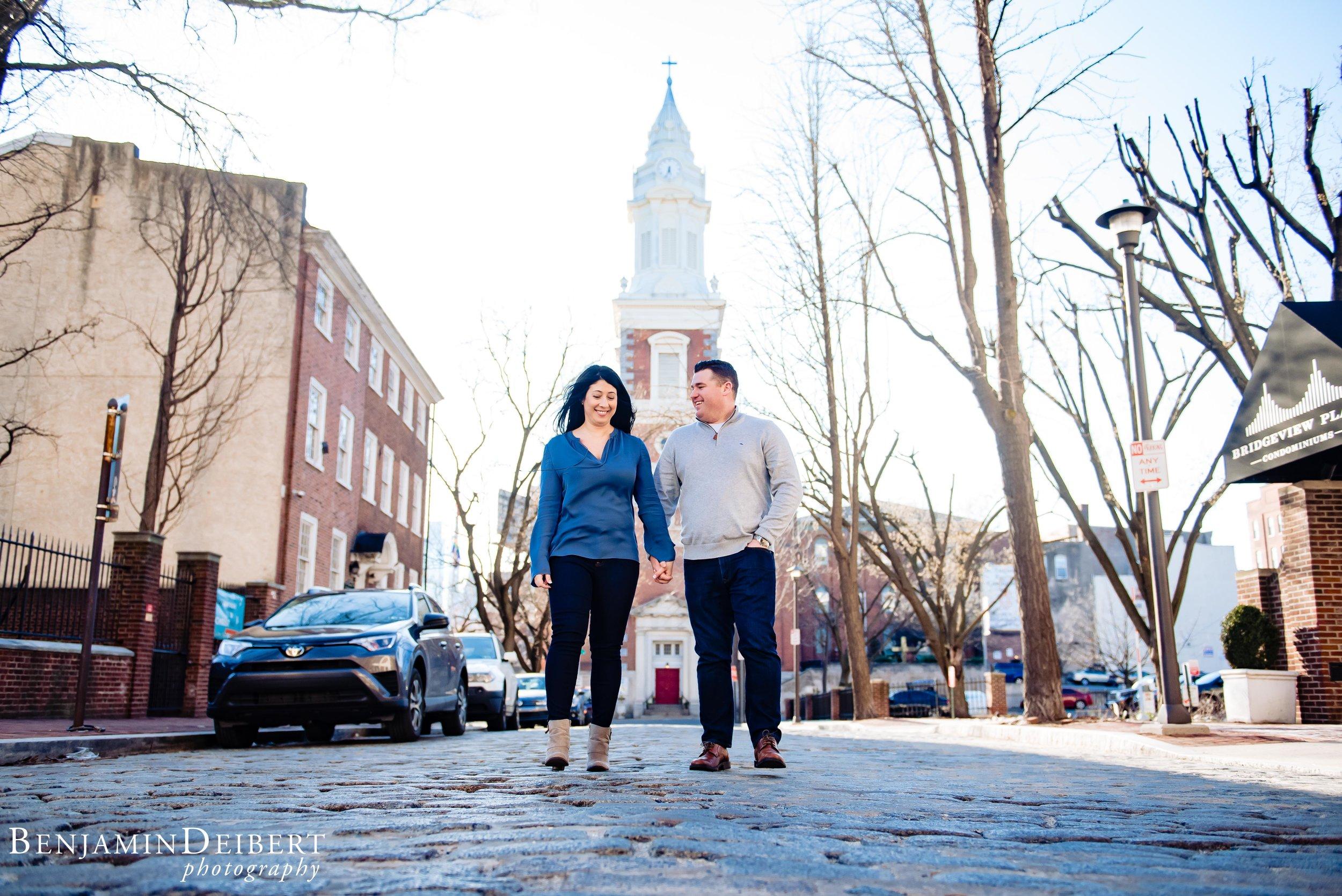 Old_City_Philadelphia_Engagement_Photos_1.jpg
