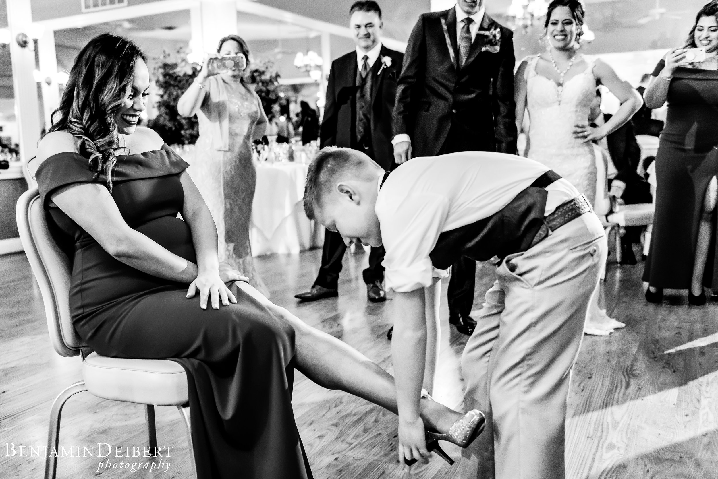Jamie and Michael_Cameron Inn Estate_Wedding-108.jpg