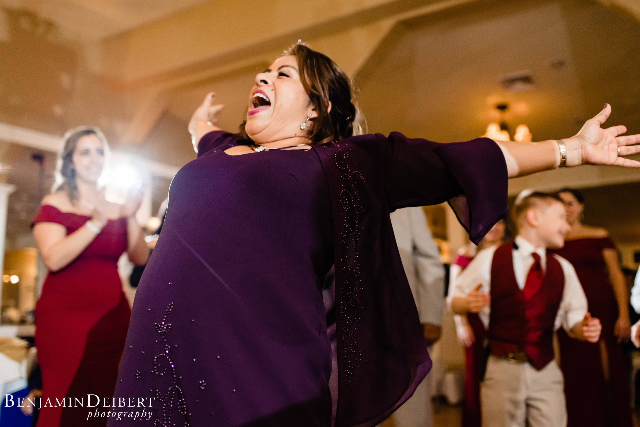 Jamie and Michael_Cameron Inn Estate_Wedding-143.jpg