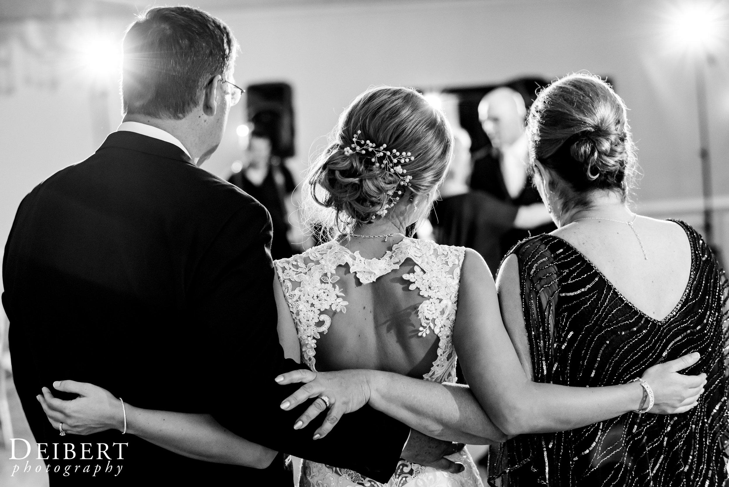 Elizabeth and Sean_Laurel Creek Country Club_Wedding-60.jpg