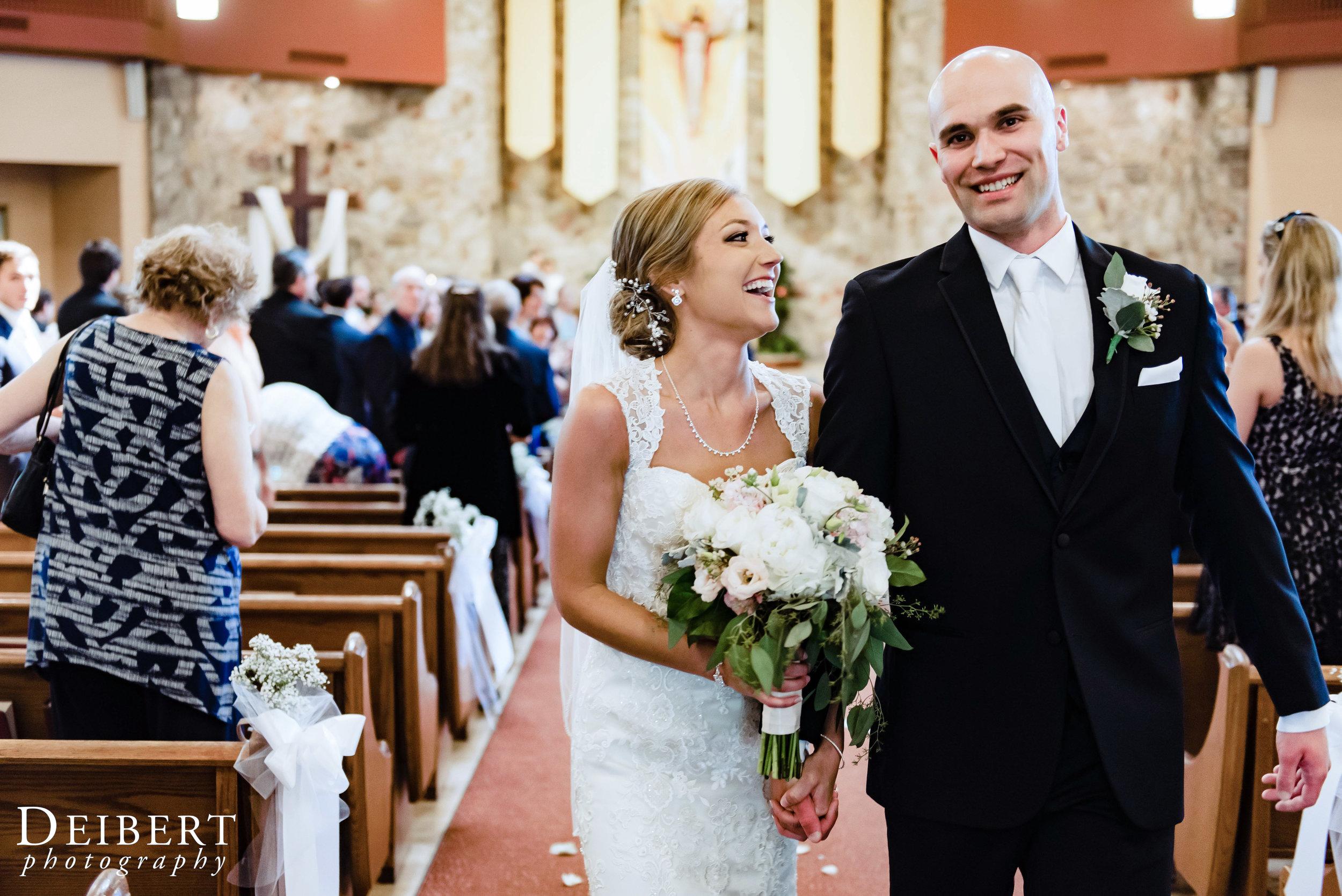 Elizabeth and Sean_Laurel Creek Country Club_Wedding-33.jpg