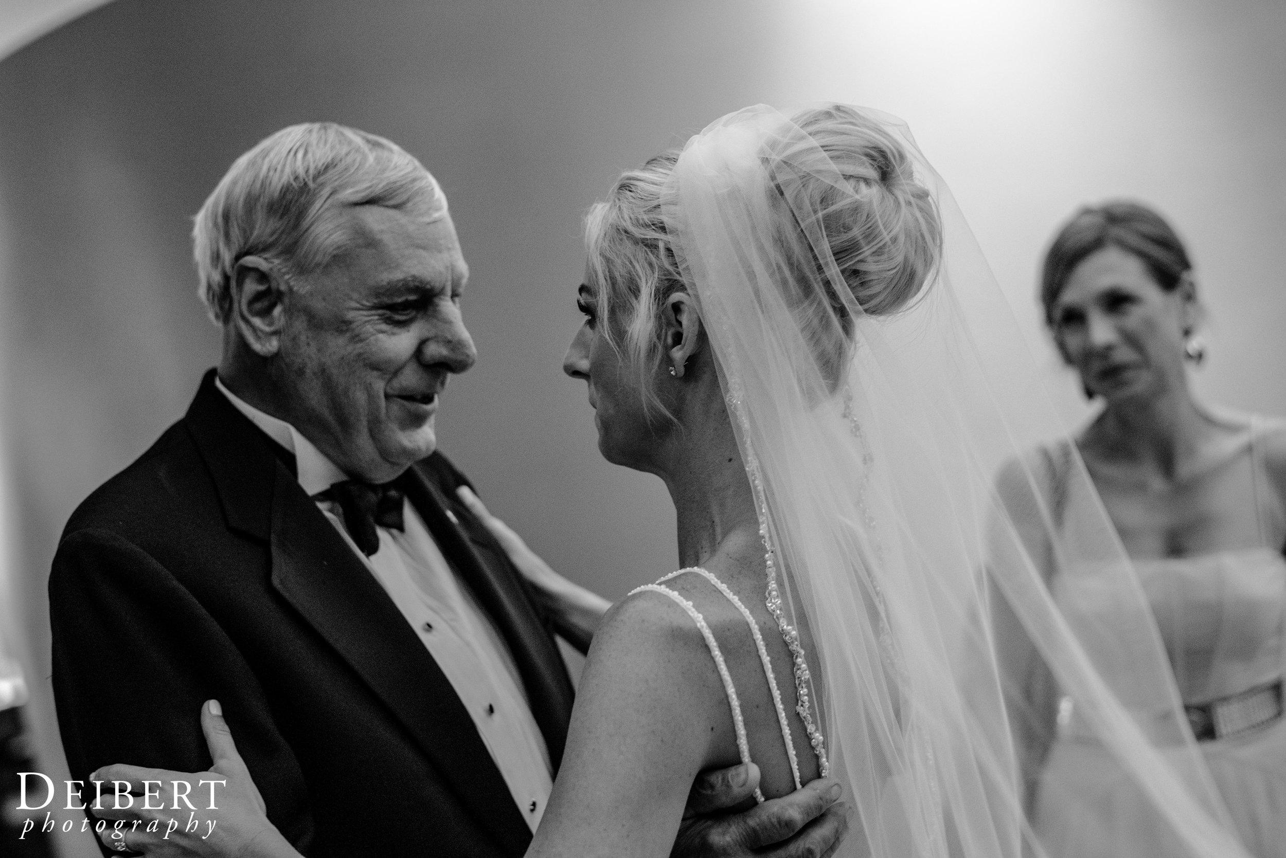 Elizabeth and Daniel_College of Physicians_Wedding-51.jpg