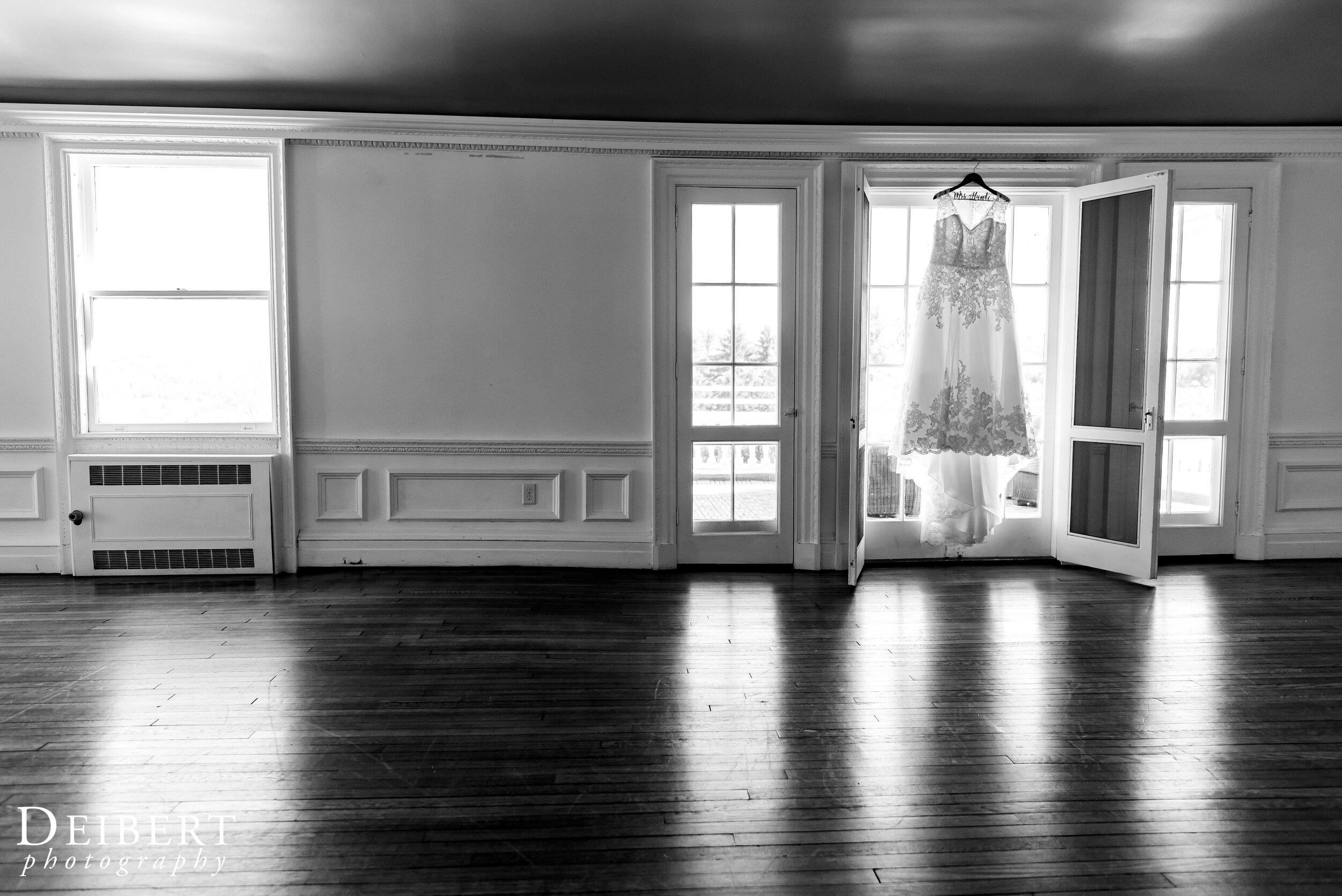 Mansion at Noble Lane Wedding Bethany Pennsylvania-3.jpg