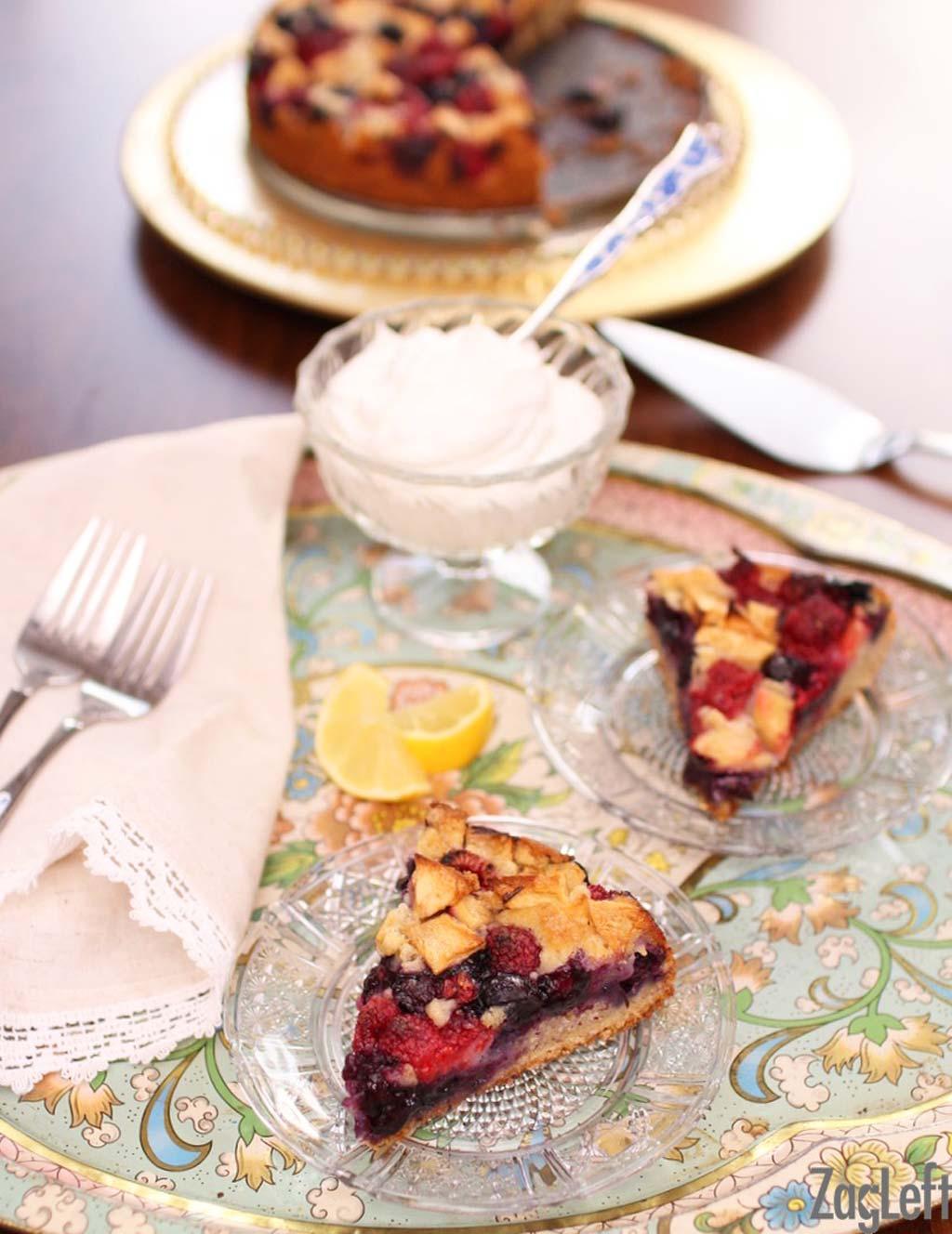 Apple Berry Coffee Cake- ZagLeft for Momnoms.net