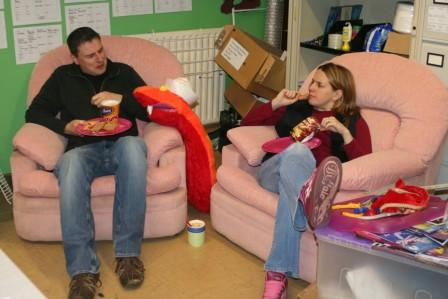 While Steve and Sarah grab lunch on the pink chairs!