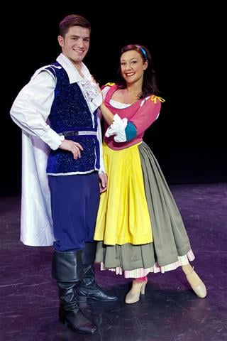 David Witts as the Prince in Snow White at the Lyceum Theatre, Crewe 2011 (with Jennifer Jayne Stone as Snow White)