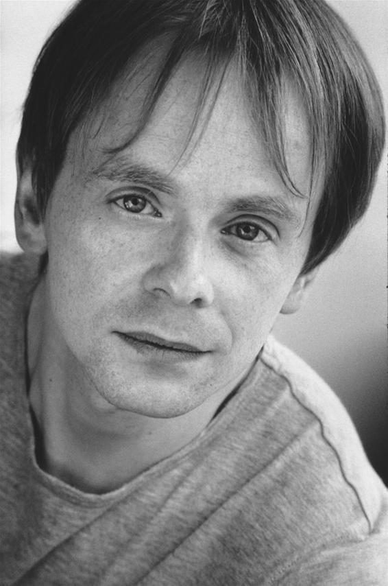 Howard Gossington plays Sir Richard Darling