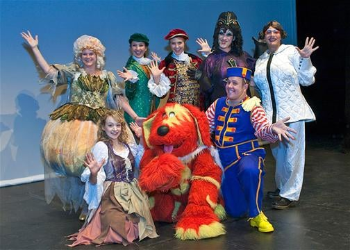 Back - Anne Micklethwaite (Fairy Godmother), Jamie-Lee Mason (Dandini), Alice McGreevy (Prince Charming), Nick Barclay and Stuart Slavicky (Ugly Sisters). Front - Jennifer Burrows (Cinderella), Special Guest star Doodles the Dog, Neil Hurst (Buttons).