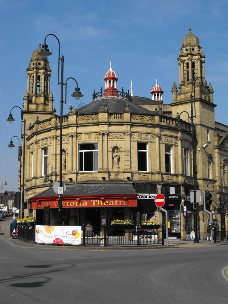 Victoria-Theatre-005_new1_new1.jpg