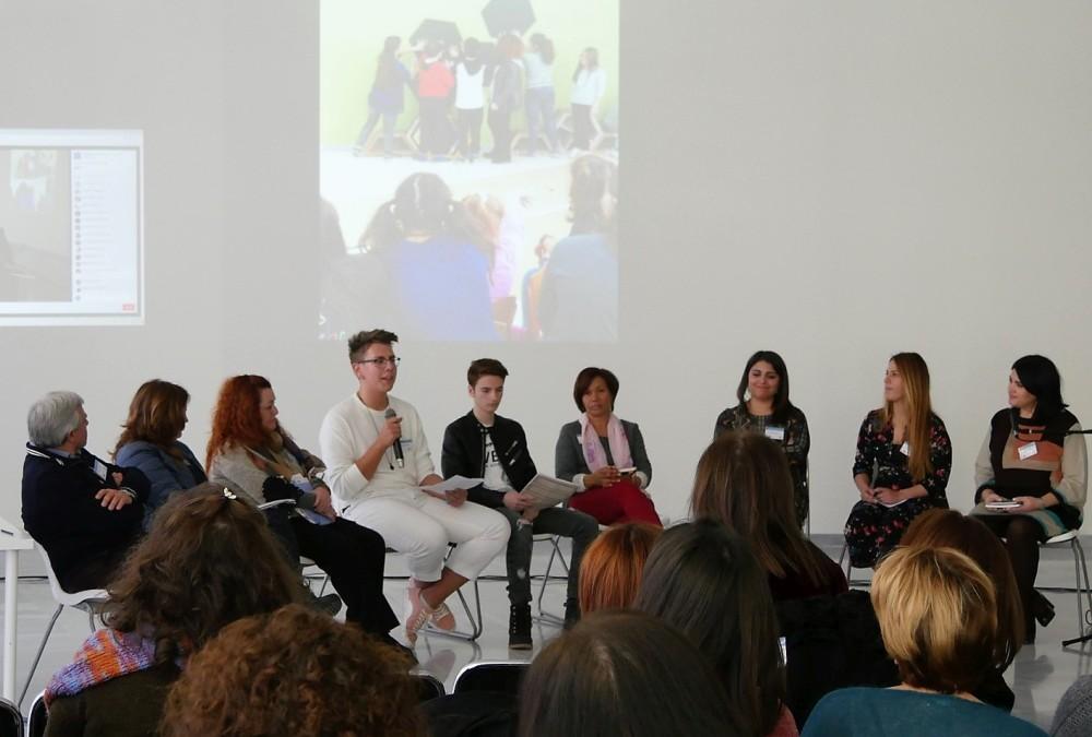 Μαθητές του 17ου Λυκείου Αθηνών μοιράζονται την εμπειρία του από τους Εκπαιδότοπους.