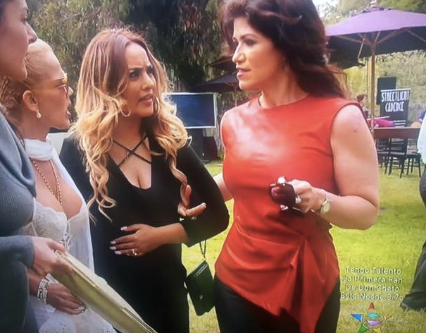 We wonder what  Luzelba Mansour  is talking about to the rest of the cast of the Hit TV show  Rica Famosa Latina  wearing a pair of Pants and a top from our Chic French designer  Alexia Klein .  Styled by  #TeamBitton   Veronica Baca  and  Azzy Marks .  Fashion Provided By  #IvanBittonStyleHouse