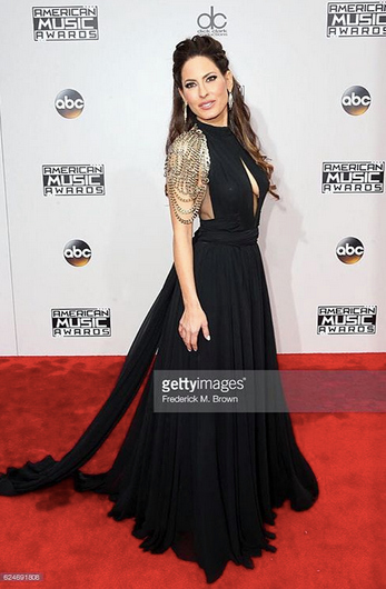 American Music Awards  host  Kerri Kasem  is looking Fashionably perfect in a dress from our Indonesian designer  Lotuz Jakarta  , a shoulder piece by our French designer  Amalia Mattaör  and earrings and rings by our American designer  Sambac Jewelry .  Styled By  #TeamBitton   Leisa Balfour .  Fashion Provided By  #IvanBittonStyleHouse
