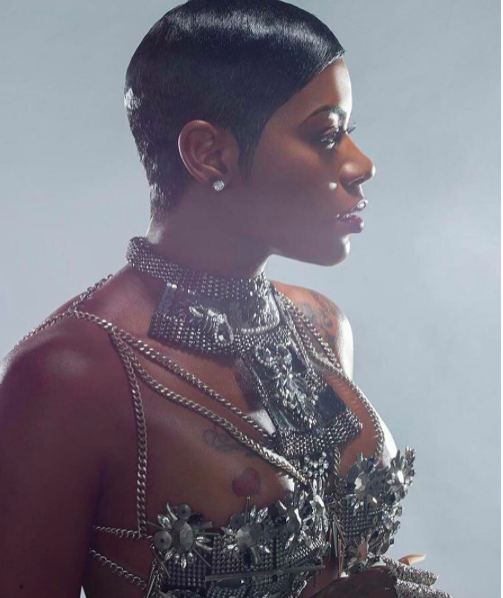 Breaking news! Gorgeous superstar singer Fantasia  @tasiasword looking dashing wearing a bra/body jewelry by our British designers 🇬🇧 @haloandco styled by  @1800dhawk fashion provided by  #ivanbittonstylehouse . #ootd  #celebrity  #fashion designer #mwm