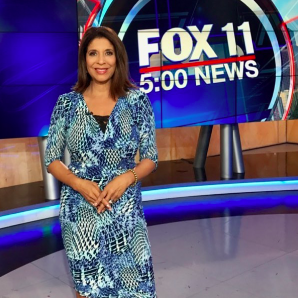 The fantastic  @devinenews from  @foxla looking stunning while telling us what's happening in the world wearing our designers ✨dress made by our designer from France 🇫🇷 @alexia_klein styled by  #teambitton  @leisastylediva fashion provided by  #ivanbittonstylehouse  #ootd  #fox  #anchor  #style  #tv  #celebrity  #us  #news  #fashiondesigner