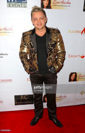 Singer  @richardgonzalezmusic  looks super good wearing our designers ✨  @barabas_men for the  #legacygala  styled by  #teambitton  @aarongomezp  fashion provided by  #ivanbittonstylehouse  #ootd  #style  #celebrity  #fashion  #menfashion  #fashiondesigner
