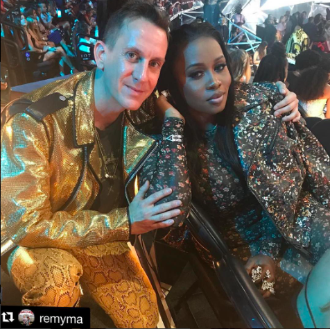 Spotted 📸 @itsjeremyscott and hip hop platinum star  @remyma at the  @mtv  @vmas music awards wearing our designers  @sambacjewelry  @jewelsbyhenrydaniel styled by  @ejking21 fashion provided by  #ivanbittonstylehouse  #ootd  #style  #vmas  #fashiondesigner  #singer  #moschino