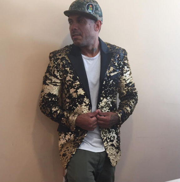 Hip hop legend and American Tv star  @iambenzino  in the house! Wearing a jacket by our designer  @barabas_men  Styled by  #teambitton  @aarongomezp  Fashion provided by