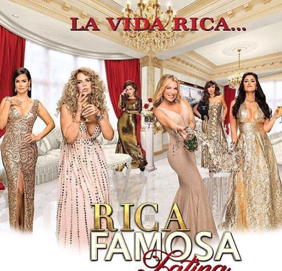 Don't miss season 5 of hit show  @rflatinatv on  @canalestrellatv with the ravishing  @sandravidalla wearing here a dress by our designer  @nicolebakti and jewelry by our designer
