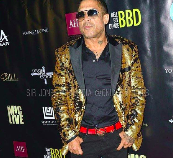 @vh1  tv star  @iambenzino  from hit show  #loveandhiphop rocking our designer's jacket from Mexico 🇲🇽 @barabasmen  for an amazing performance in hollywood styled by  #teambitton