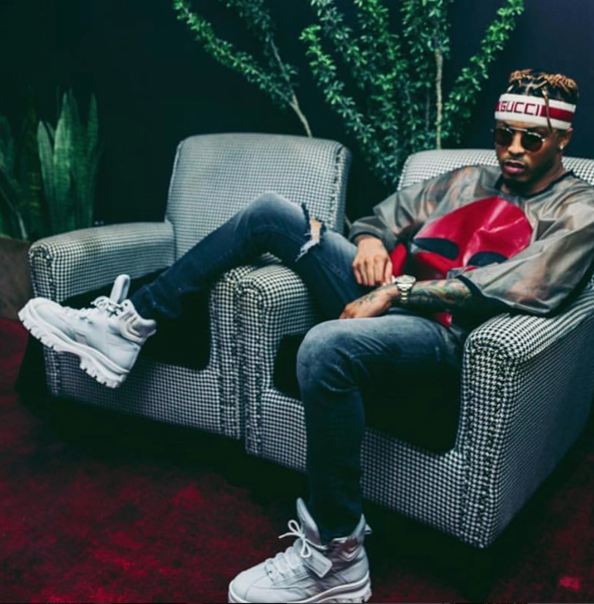 Spotted! American singing phenomenon  @augustalsina lounging around wearing a top by our London based Belgian designer  @maigidah Styled by  @santavb  Fashion provided by  #ivanbittonstylehouse