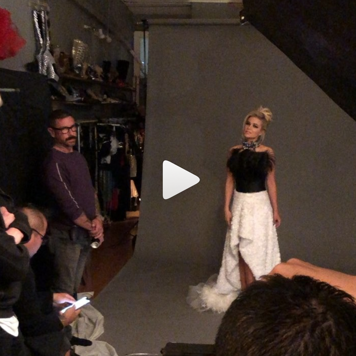 #bts  with the gorgeous  @carmenelectra  shooting a campaign for her body cream  @vilacto wearing our designers :  @novoselsavic  @deviantlavie   @kilame   @baroqcojewelry Styled by  @ivanbitton  Produced by  @aarongomezp  All fashion provided by  #ivanbittonstylehouse