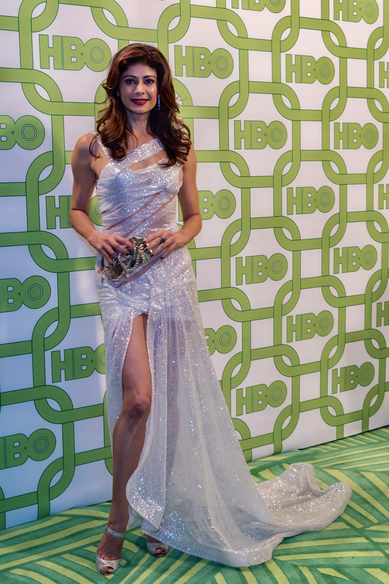 The gorgeous international sensation Miss India  @poojabatra  looking flawless at the  @goldenglobes  2019  @hbo  after party in a dress by our French designer  @hayariparis and a clutch by our designer  @laureldewitt Styled and fashion provided by  #ivanbittonstylehouse