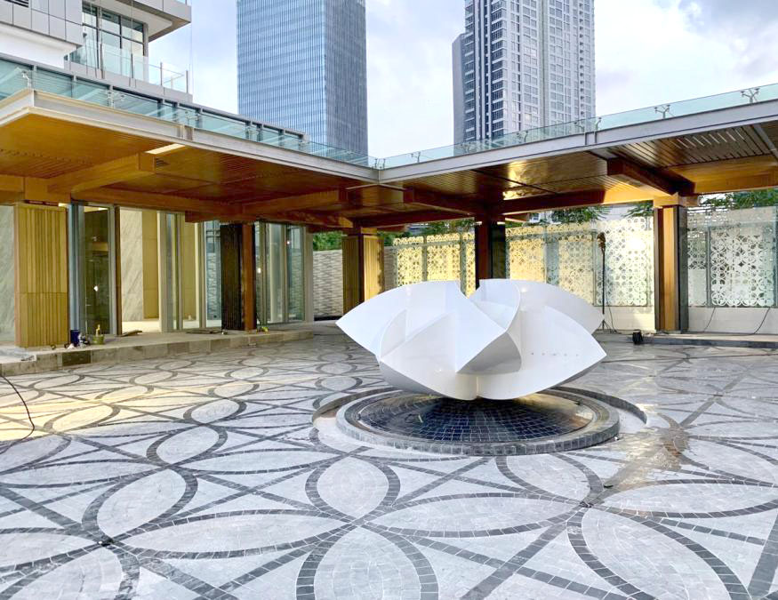 JAKARTA VERDE II--2019-03-01_fountain.jpg
