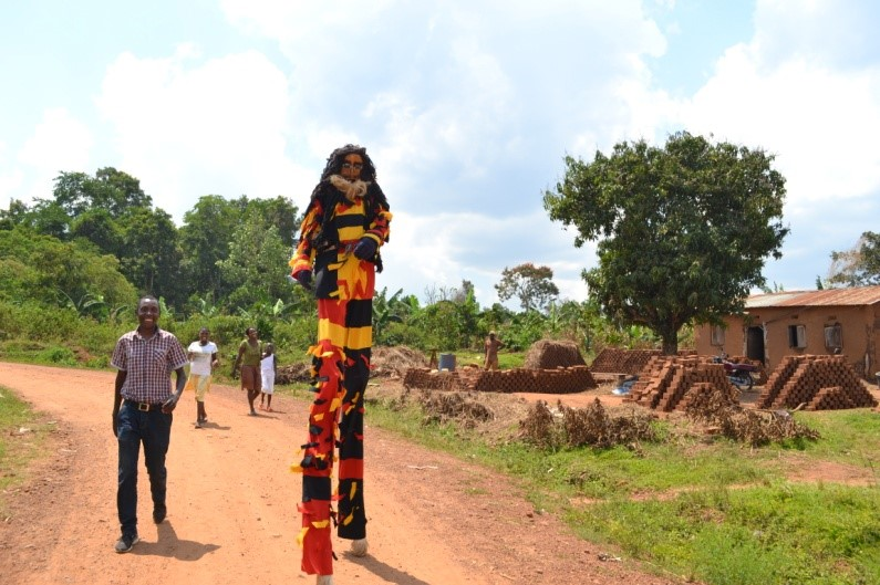 You can imagine the attention this guy got as he wandered around Katuuso village to spread the word about the afternoon workshop!