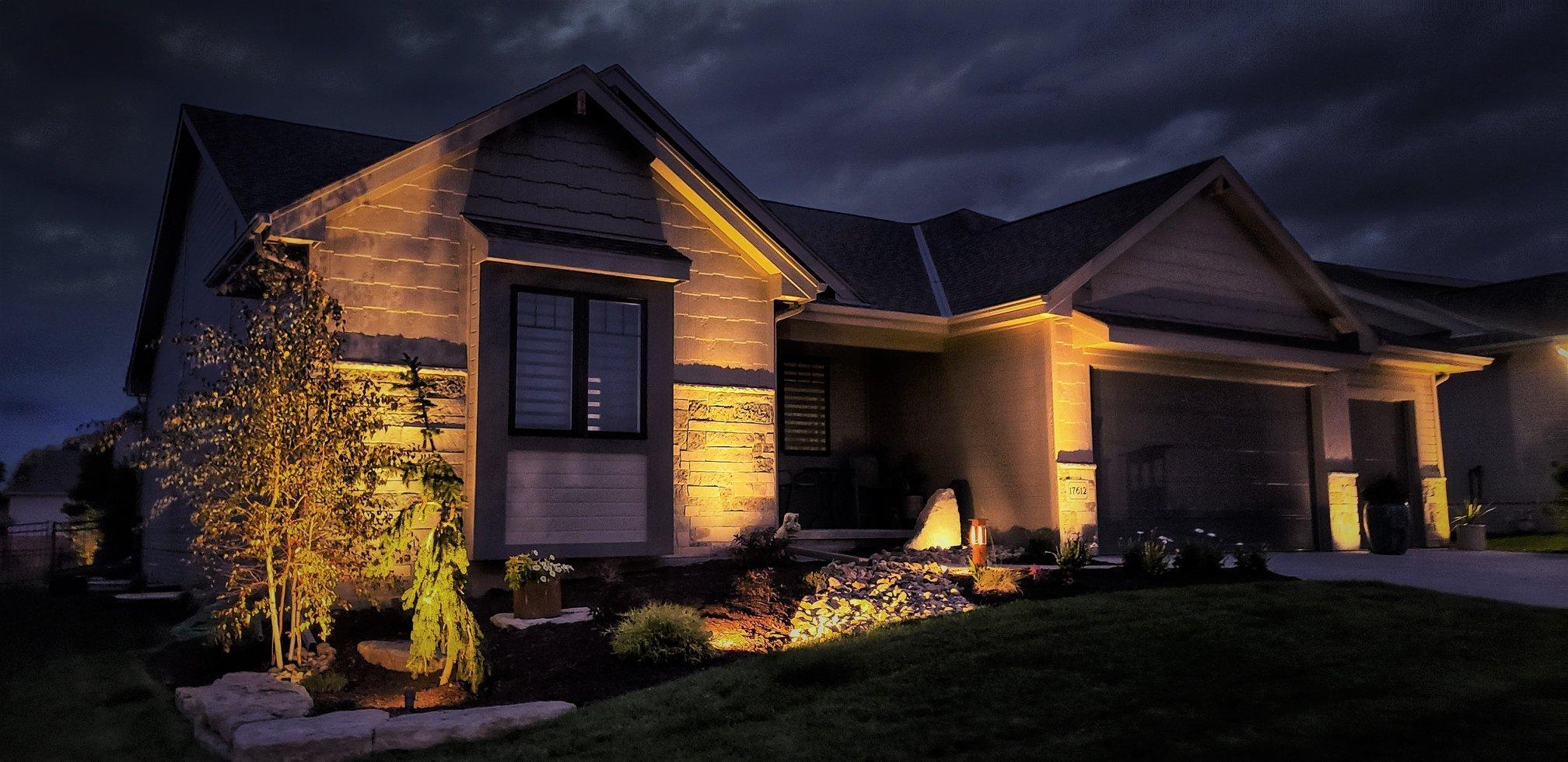 Omaha Landscape Lighting 2020.jpg