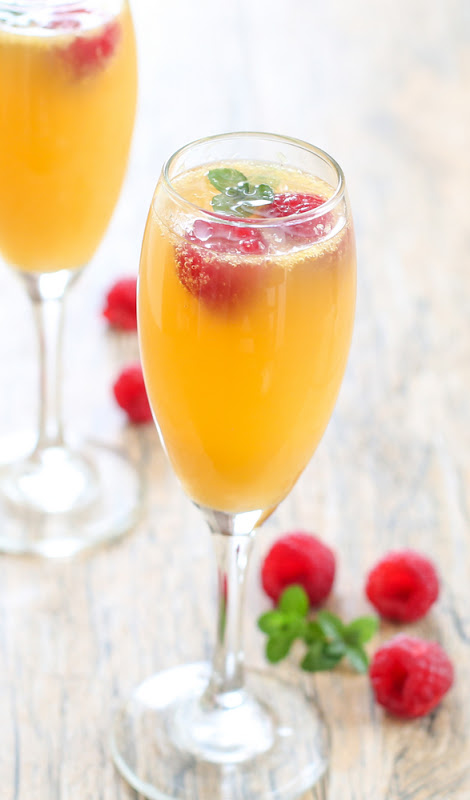 Mimosa uses equal parts sparkling wine and fresh squeezed orange juice.