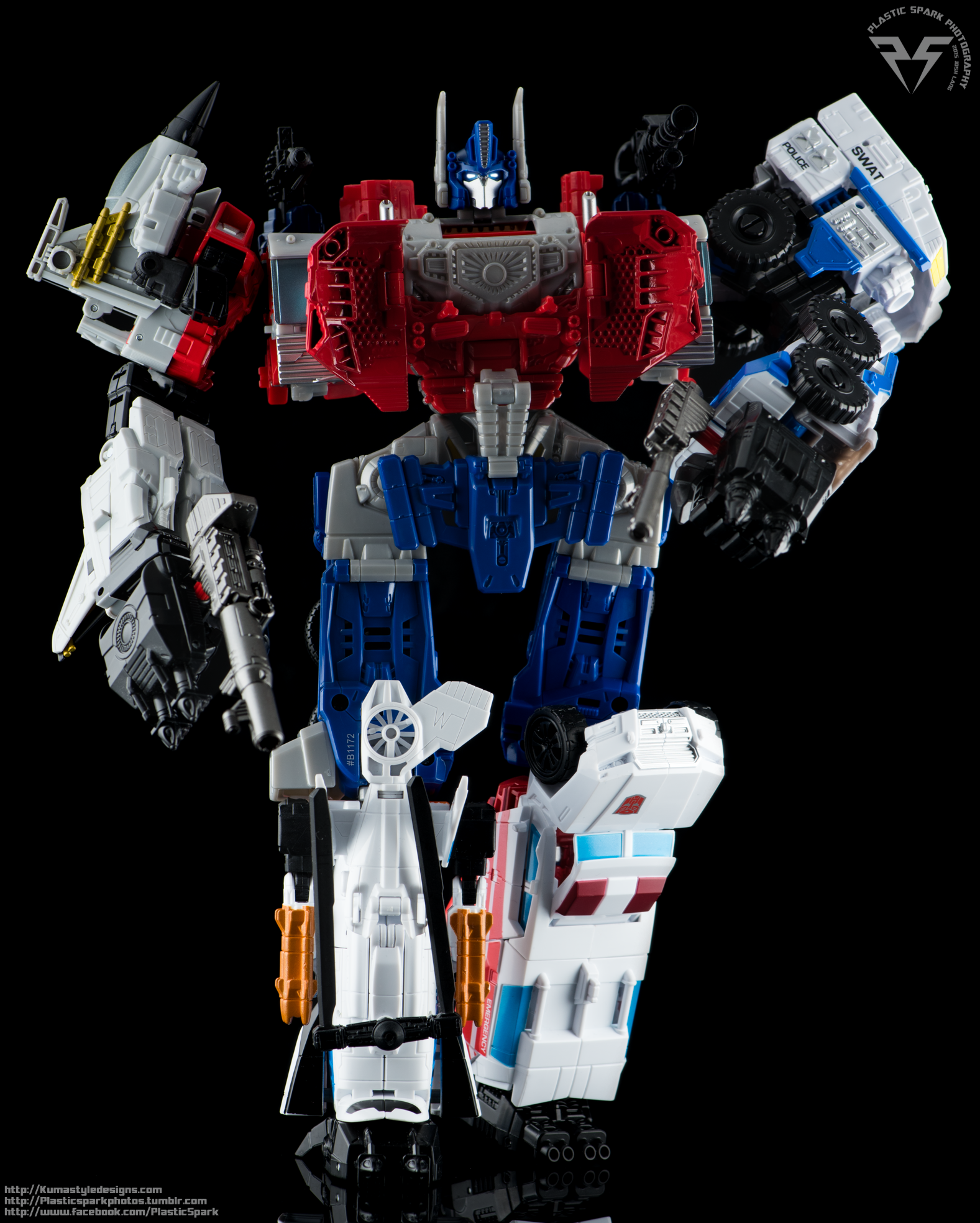 Combiner-Wars-Optimus-Prime-(19-of-19).png